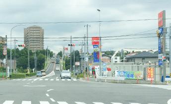 三好ケ丘駅方面、黒笹方面、東名三好インター方面、メグリア三好店さん方面からお越しの方